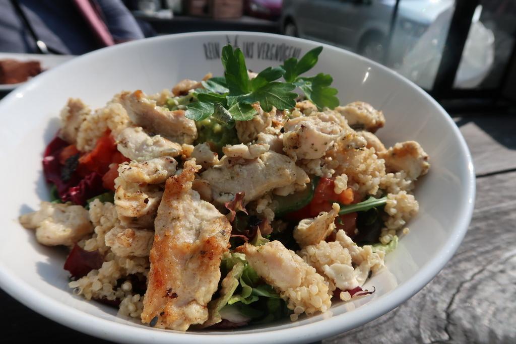 Quinoa salad - Speegold