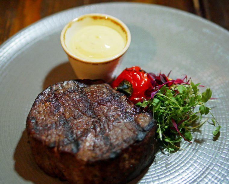 Victoria 5star Hotel Restaurant - Caxton Grill St Ermins Hotel, STeak