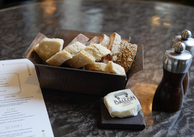 Balcon Restaurant Sofitel London St James - bread