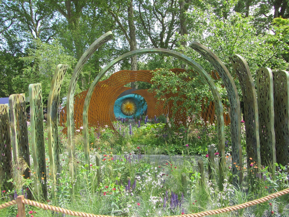 Chelsea Flower Show - a beautiful show garden
