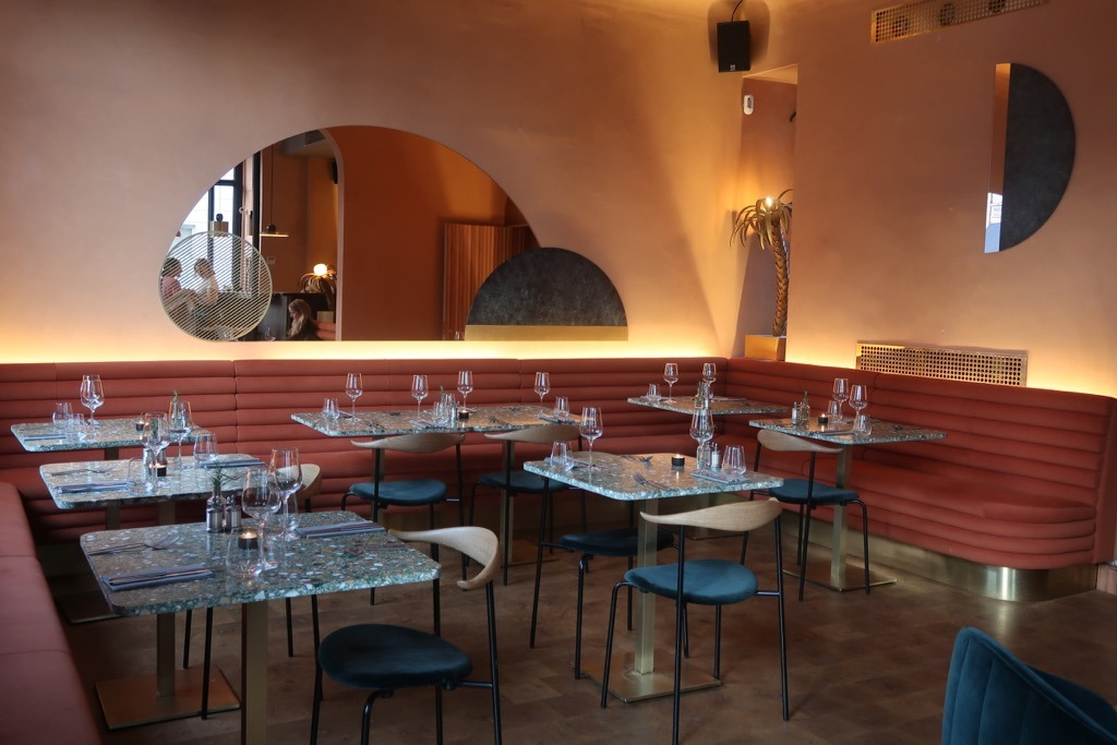 OMARS PLACE Pimlico Restaurant