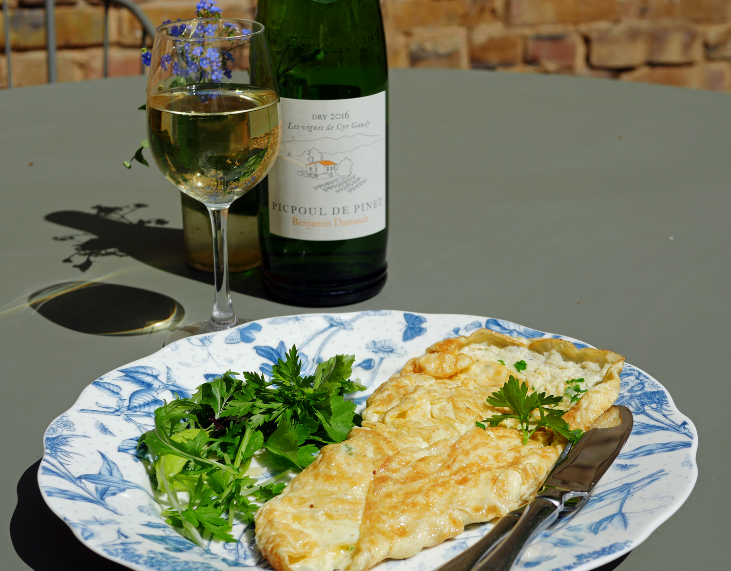 Smoked Salmon and Goats Cheese Omlette 3
