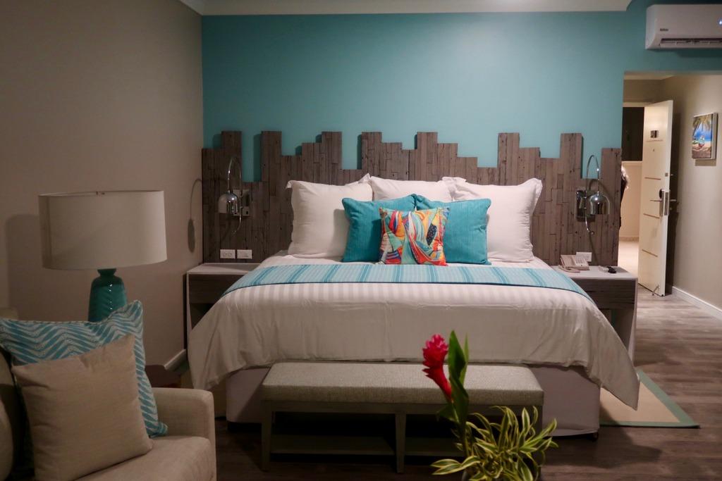 The Sea Breeze Beach House - bedroom