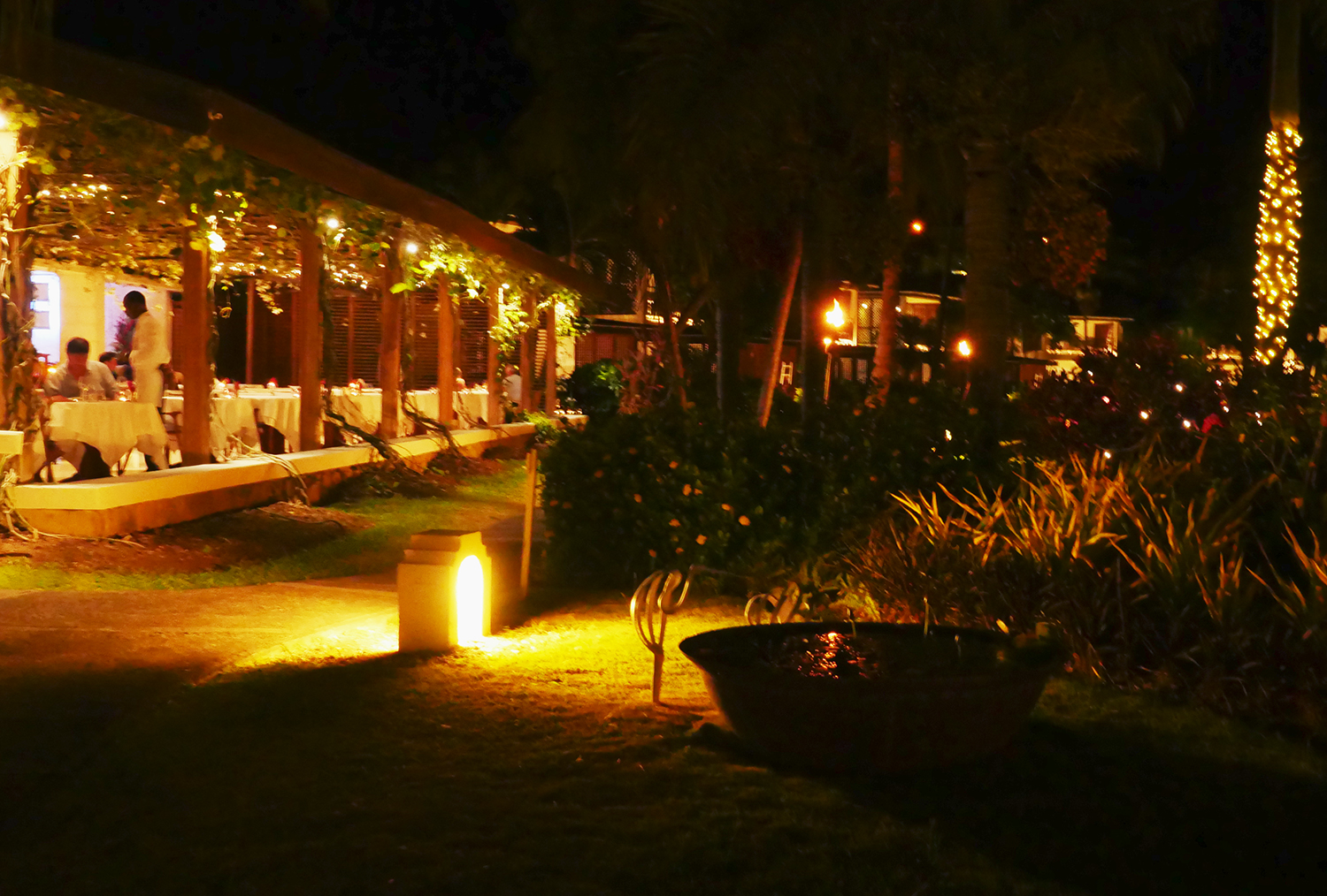 Calabash Hotel Grenada - Restaurant at Night2