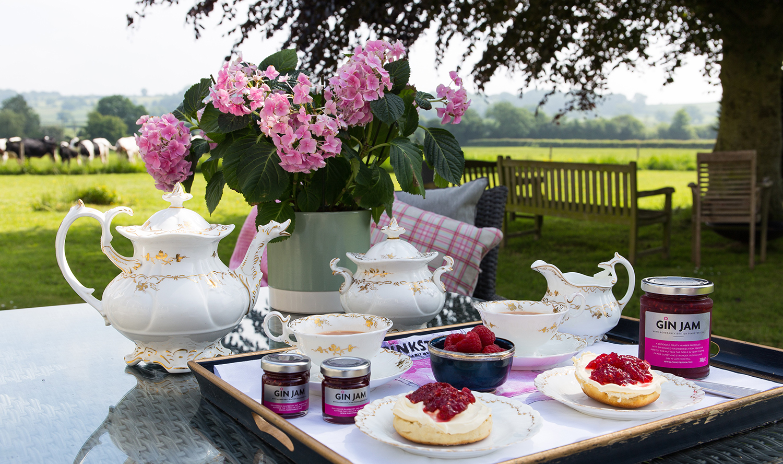 Pinkster_Gin_Jam_Cream_Tea1