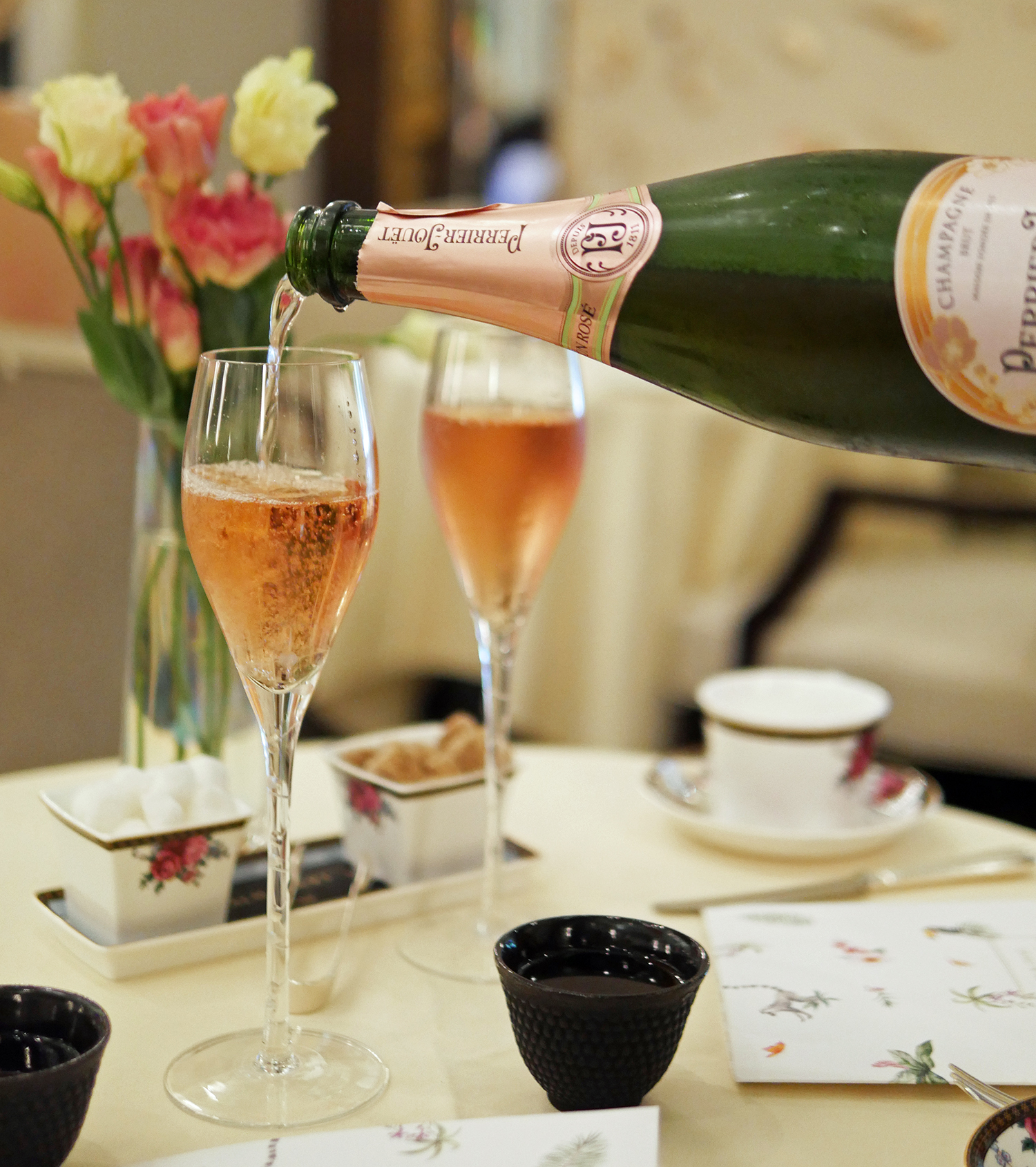 Afternoon Tea Champagne - Langham Hotel London