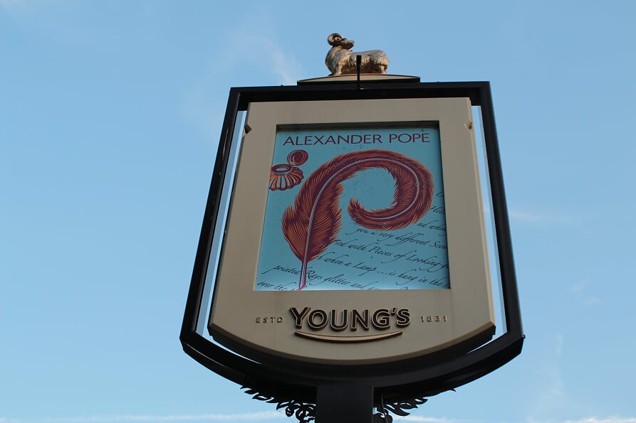 Alexander Pope Pub and Hotel, Signpost