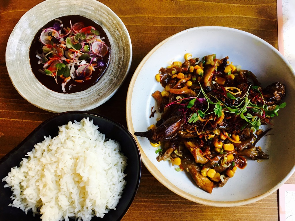 Burmese Restaurant London - Lahpet Stuffed Aubergine