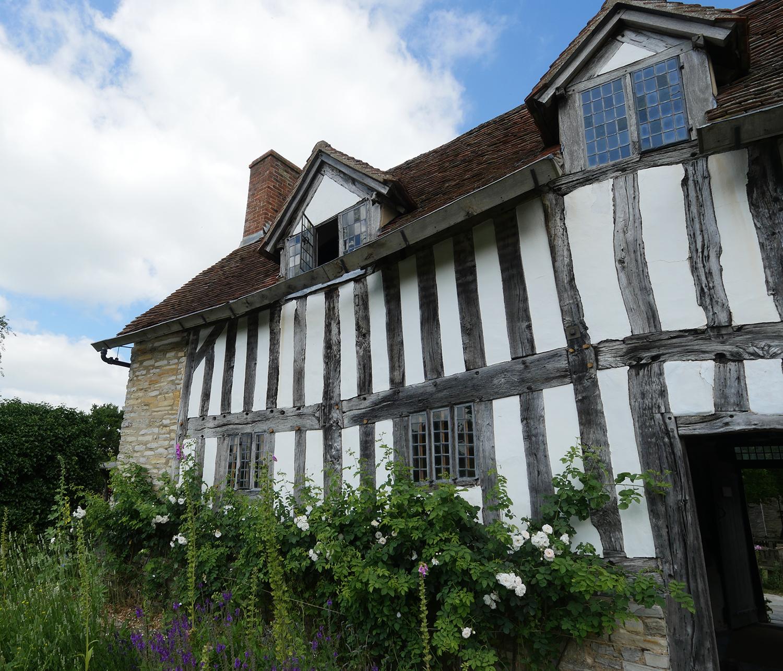 Mary Arden's Farm Palmers Farm - Mary Arden's House