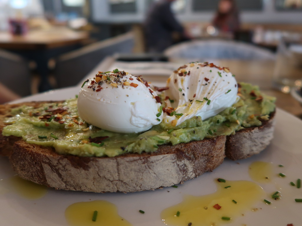 Brook Green Hotel Hammersmith - poached eggs and avocado on toast