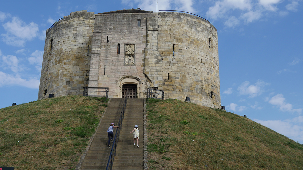 Cliffords Tower York 2