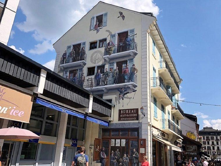 Fresco La Compagnie des Guides de Chamonix, Chamonix Mont Blanc France