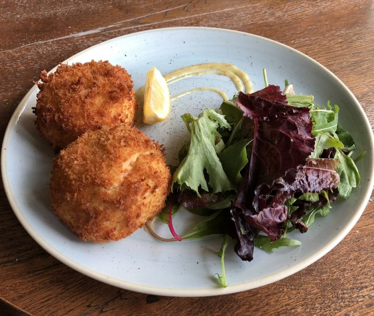 Smoked trout, chilli, ginger, lime fishcakes with mixed leaf salad the Lamb Hindon Wiltshire