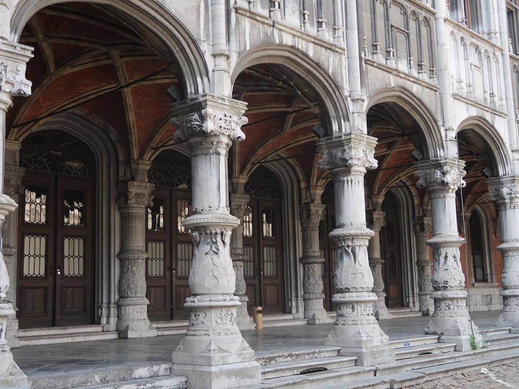 Palace of the Prince-Bishops - pillars