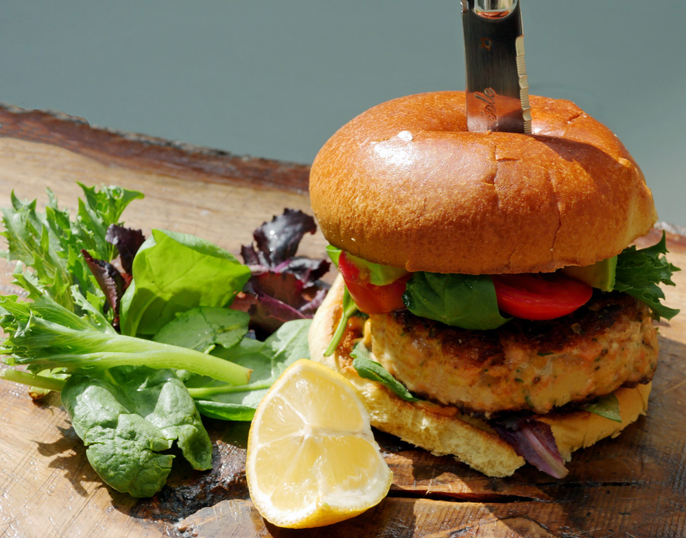Salmon Burger 4