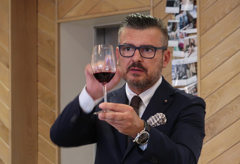 Theos Simple Italian Kensington - tasting tuscan reds