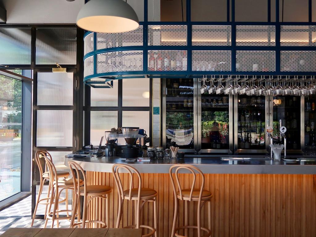 Wellbourne Brasserie - bar