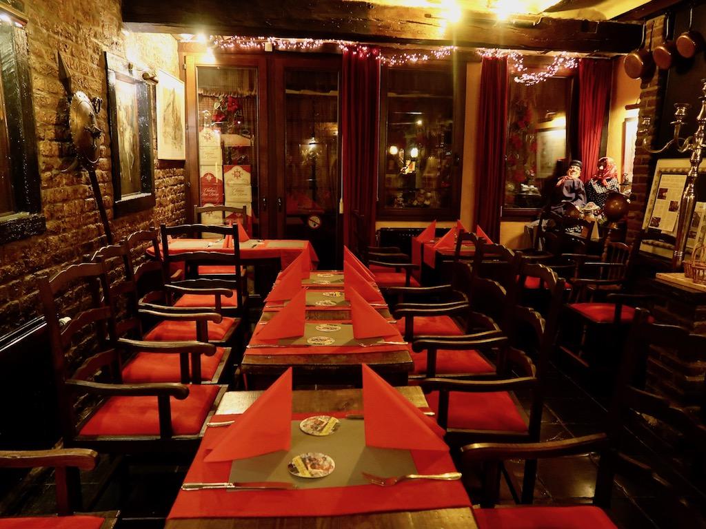 Liège Tchantchès & Nanesse restaurant