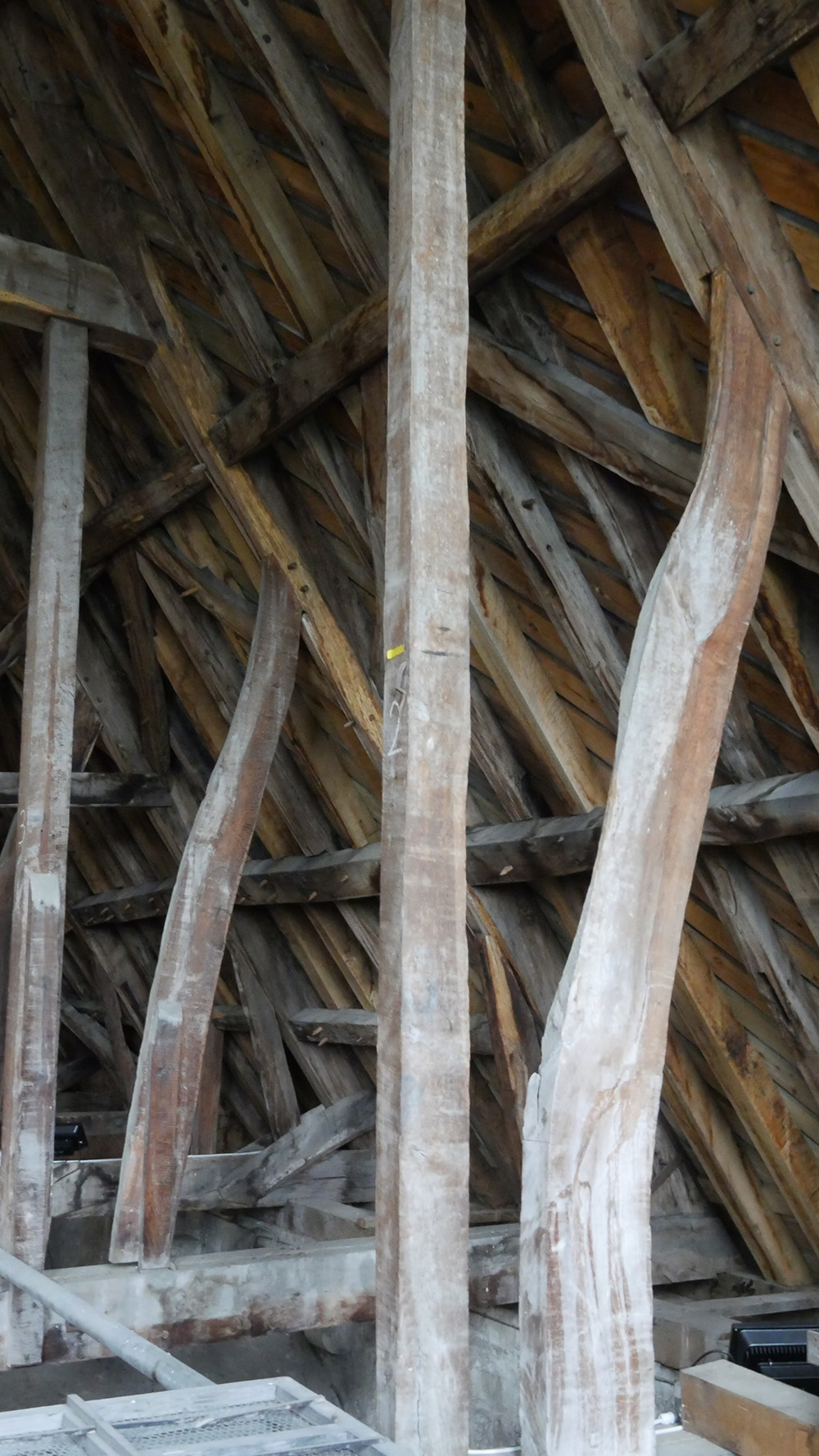medieval roof support Salisbury Cathedral