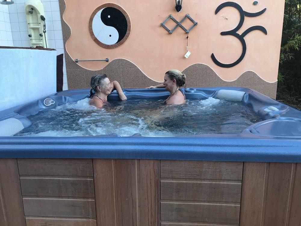 Moinhos Velhos - Chats in the hot tub