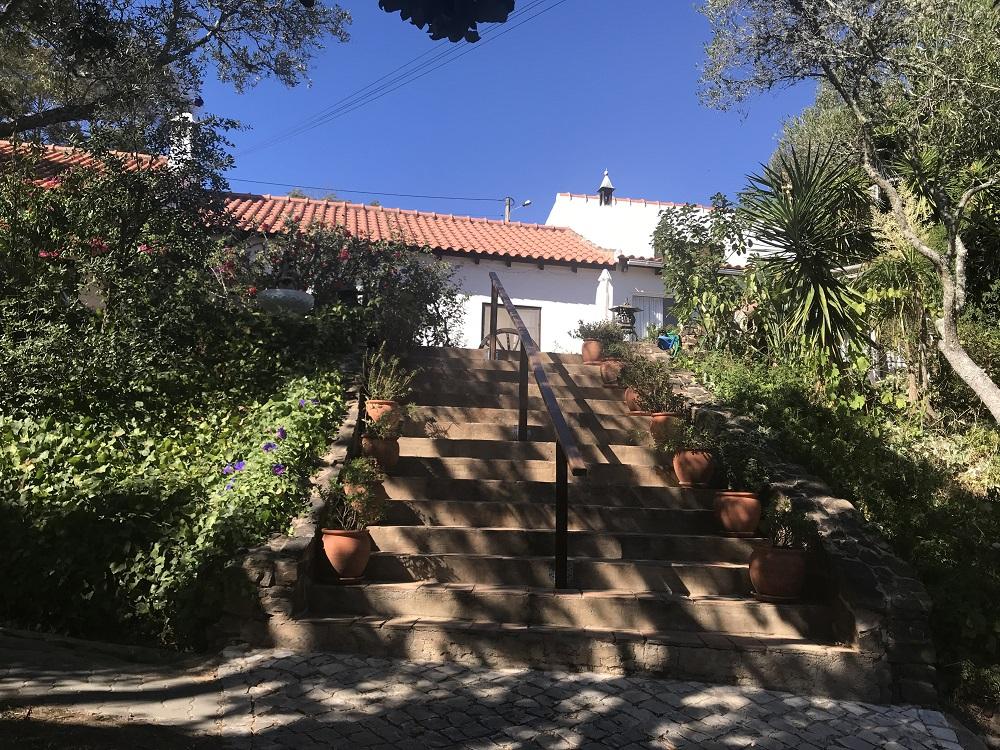 Moinhos Velhos detox retreat Algarve- Steps up to the house