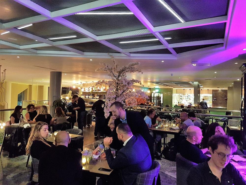 Plate Restaurant Interior
