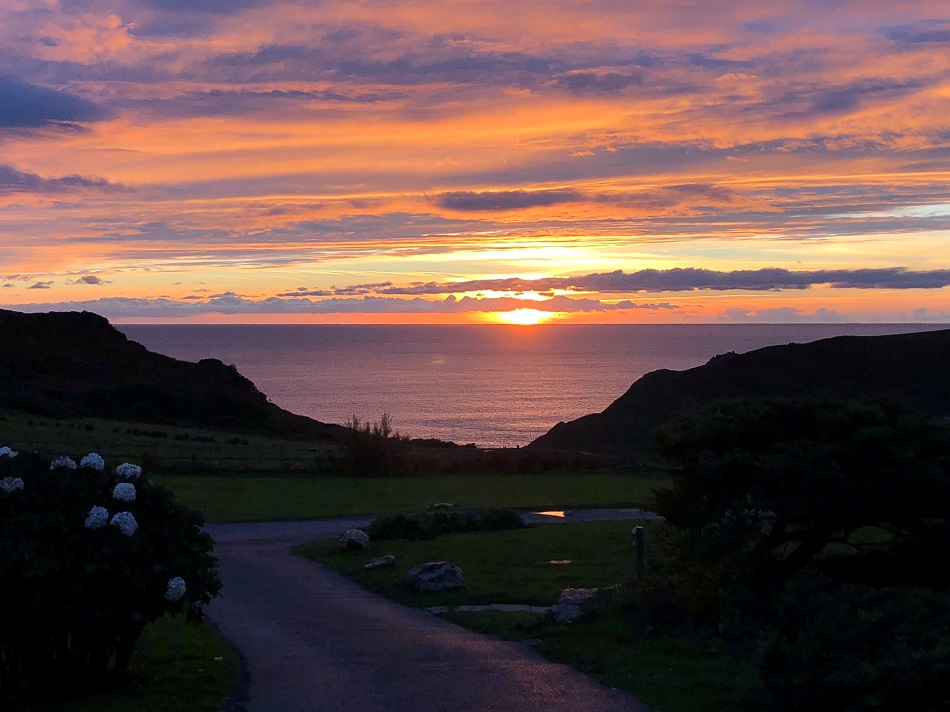 Sun setting Soar Mill Cove Hotel South Devon