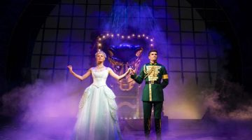Wicked at the Apollo Theatre – Review