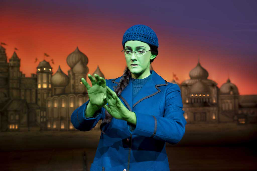 Wicked at the Apollo Theatre, London and a Round-Up of