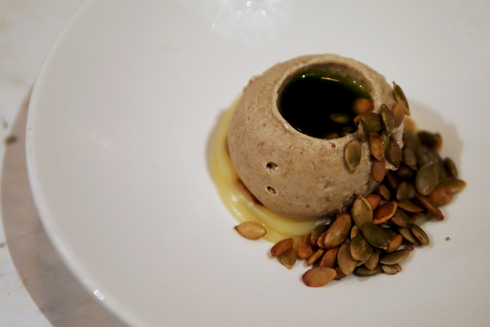 Cub Hoxton - Pumpkin Seed, White Caramel Douglas Fir