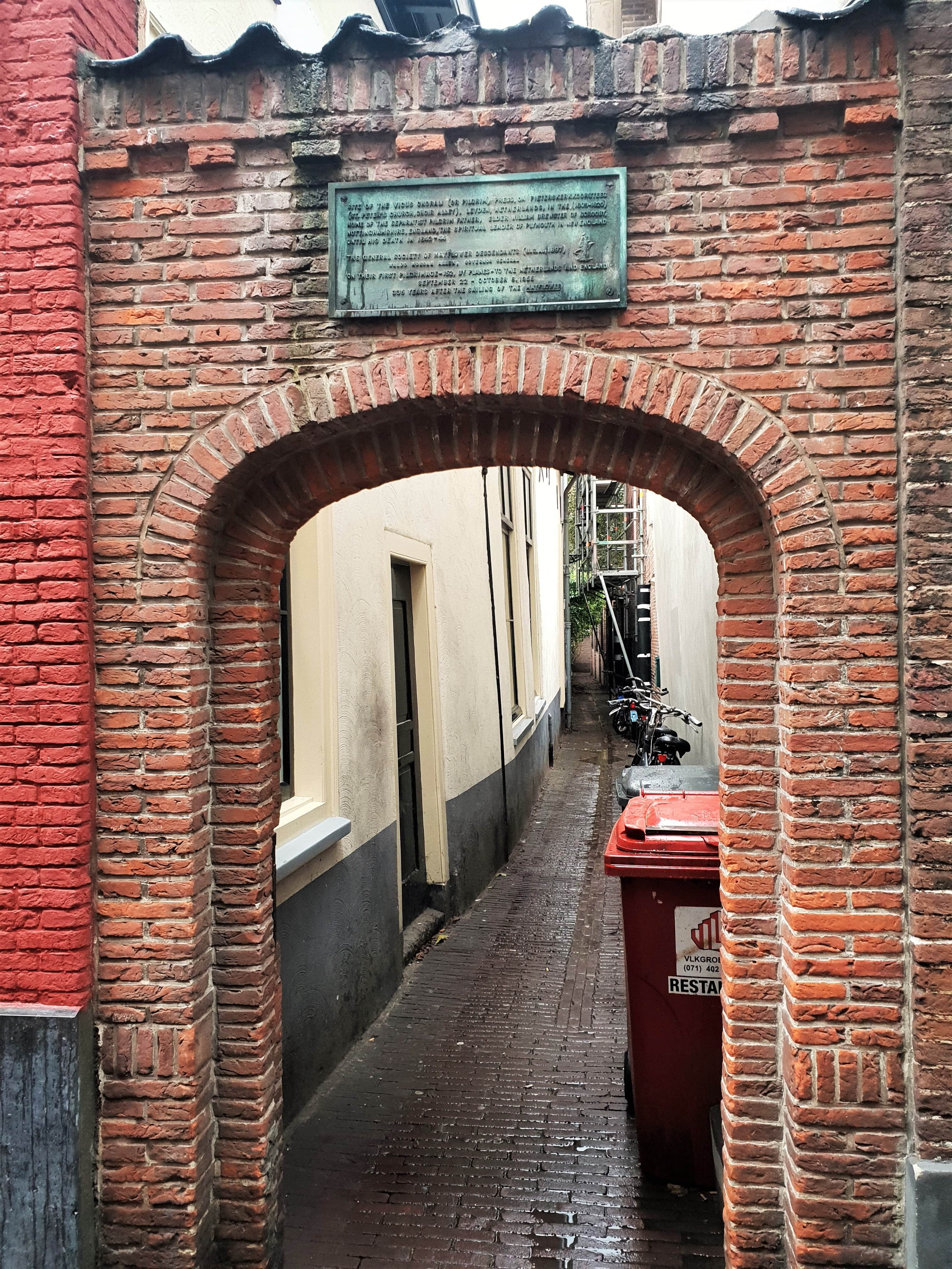 William Brewster Alley, Leiden