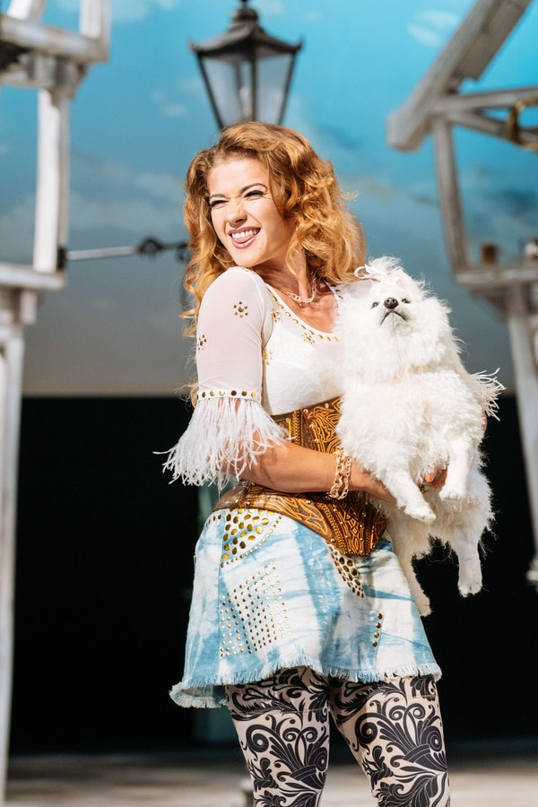 258119_The Merry Wives of Windsor production photos_ 2018_2018_Web use-min