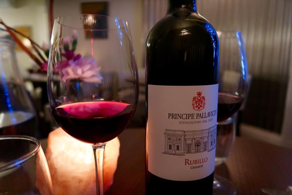 L'Amorosa wine