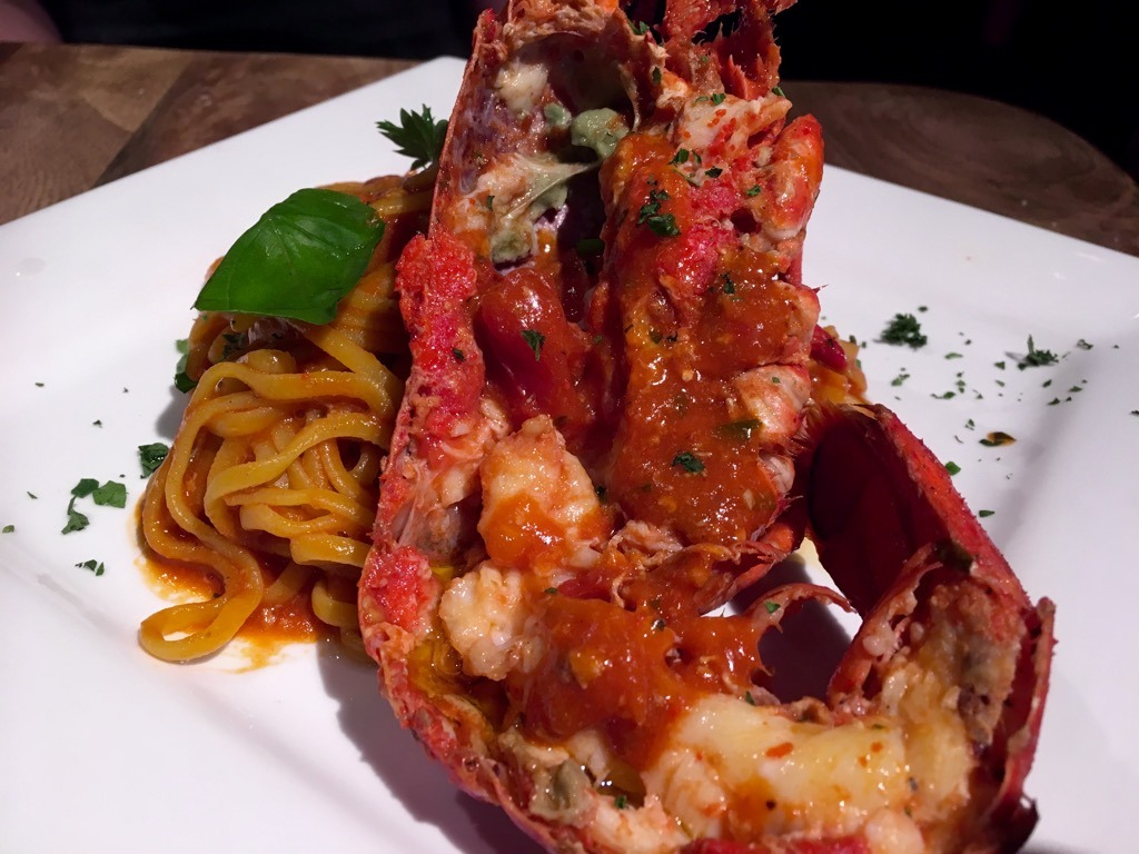 Pasta Remoli lobster linguine