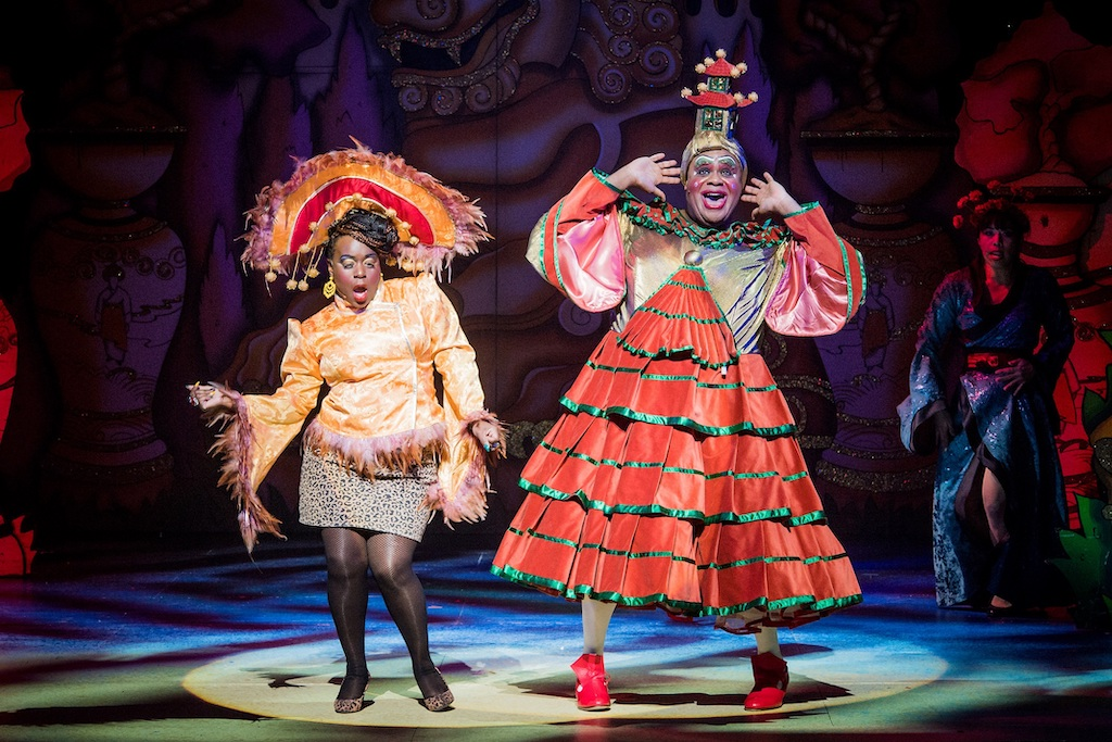 Aladdin - Hackney Empire - 23rd November 2018Director - Susie McKennaDesigner - Lotte CollettLighting Designer - David HoweWidow Twanky - Clive RoweThe Empress - Tameka EmpsonAladdin - Gemma SuttonPrincess Ling Mai - Julie YammaneeGenie of the L