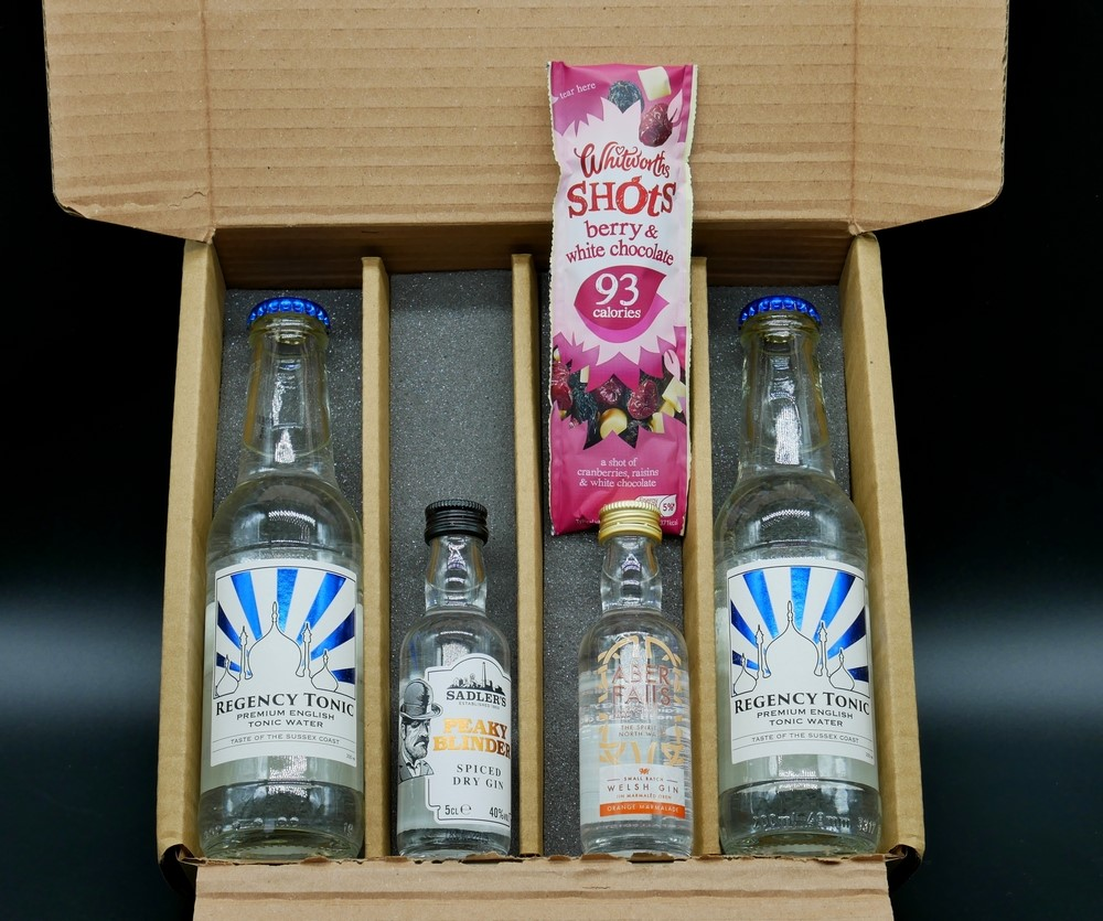 I Love Gin - Box contents December