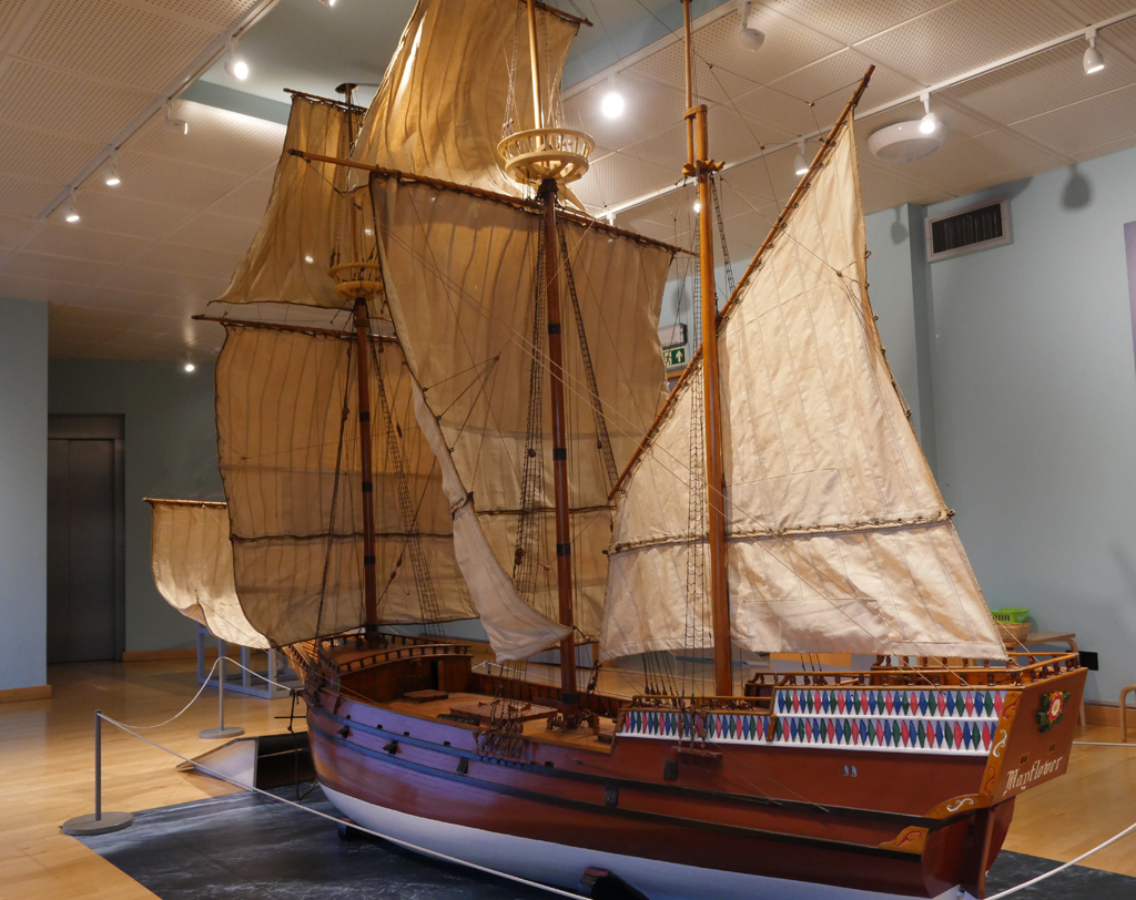 Mayflower Replica - Plymouth Mayflower Museum