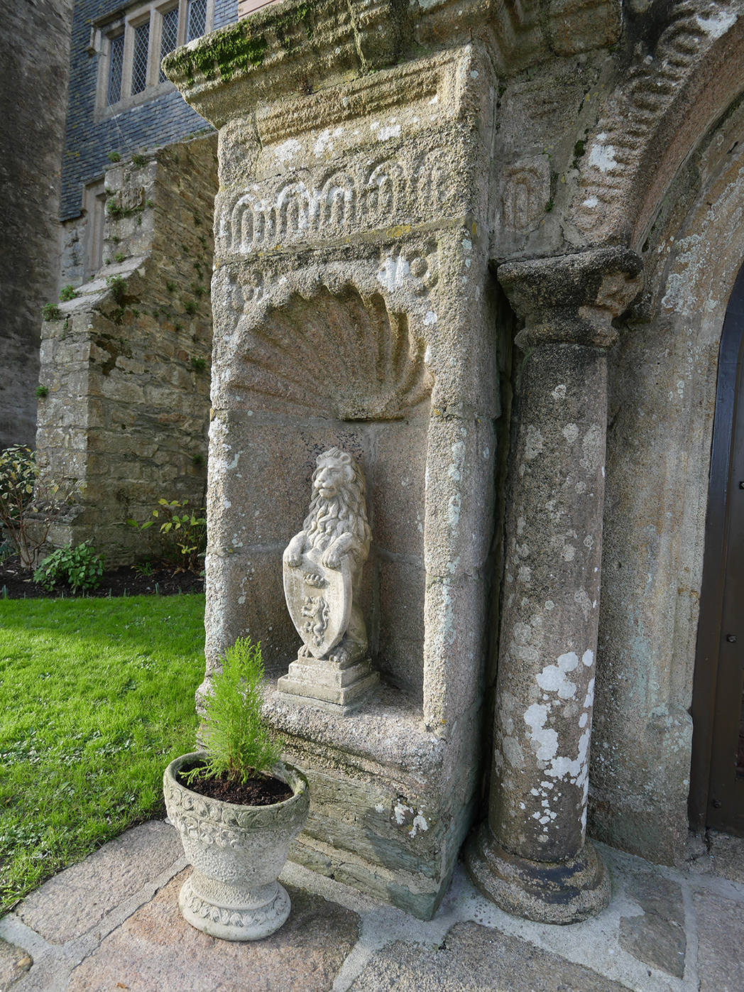 Boringdon Hall Lion 2