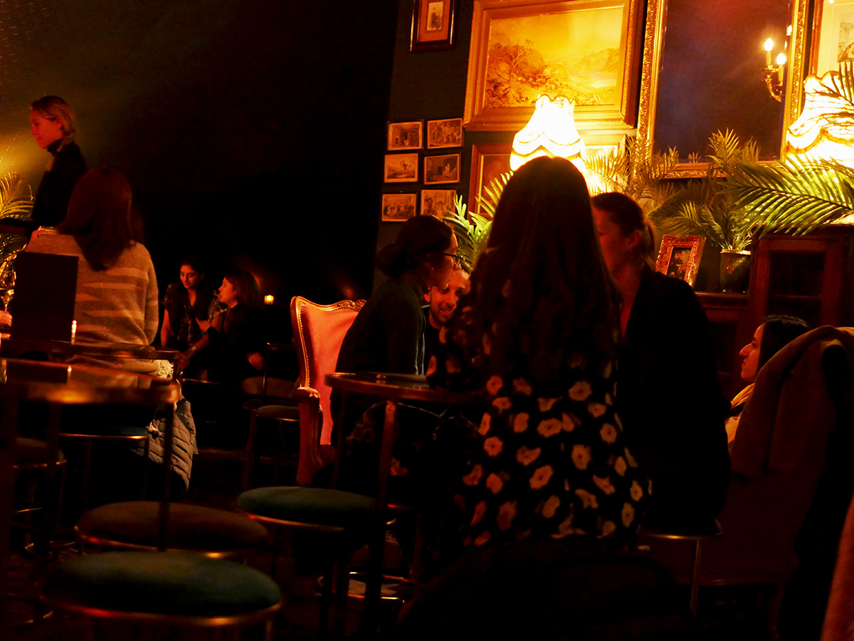 Casa do Frango Green Room Bar