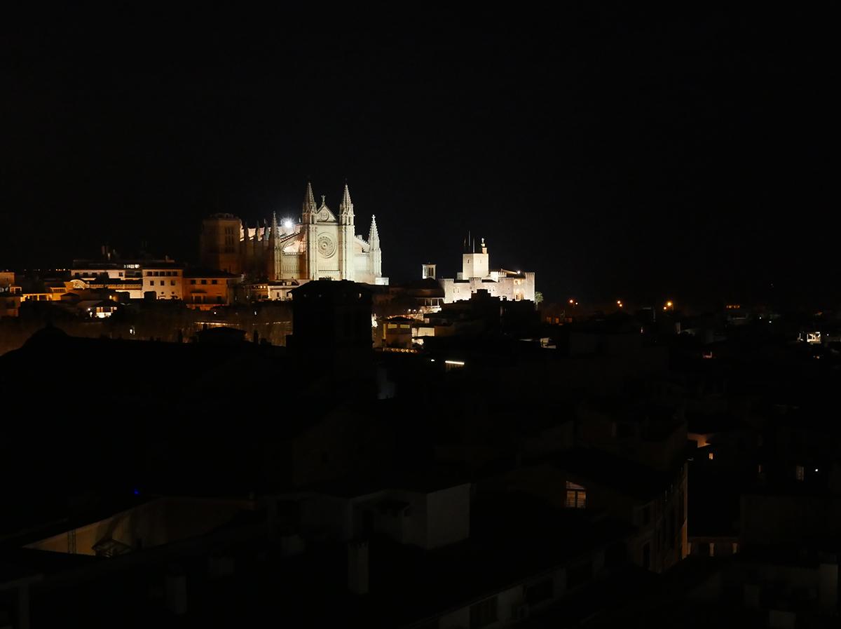 Palma at Night - the Cathedral - Boutique Hotels Palma