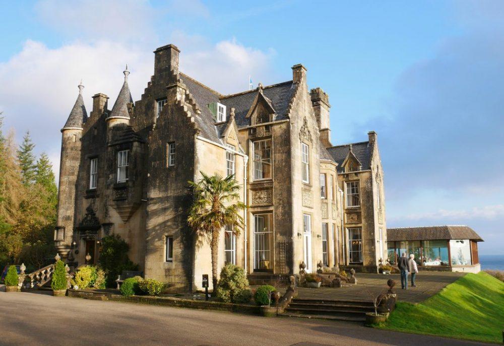 Stonefield Castle - entrance