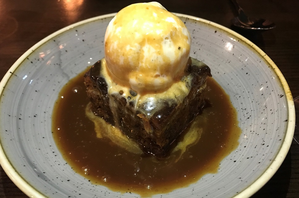 The Bedfprd Balham Sticky toffee pudding
