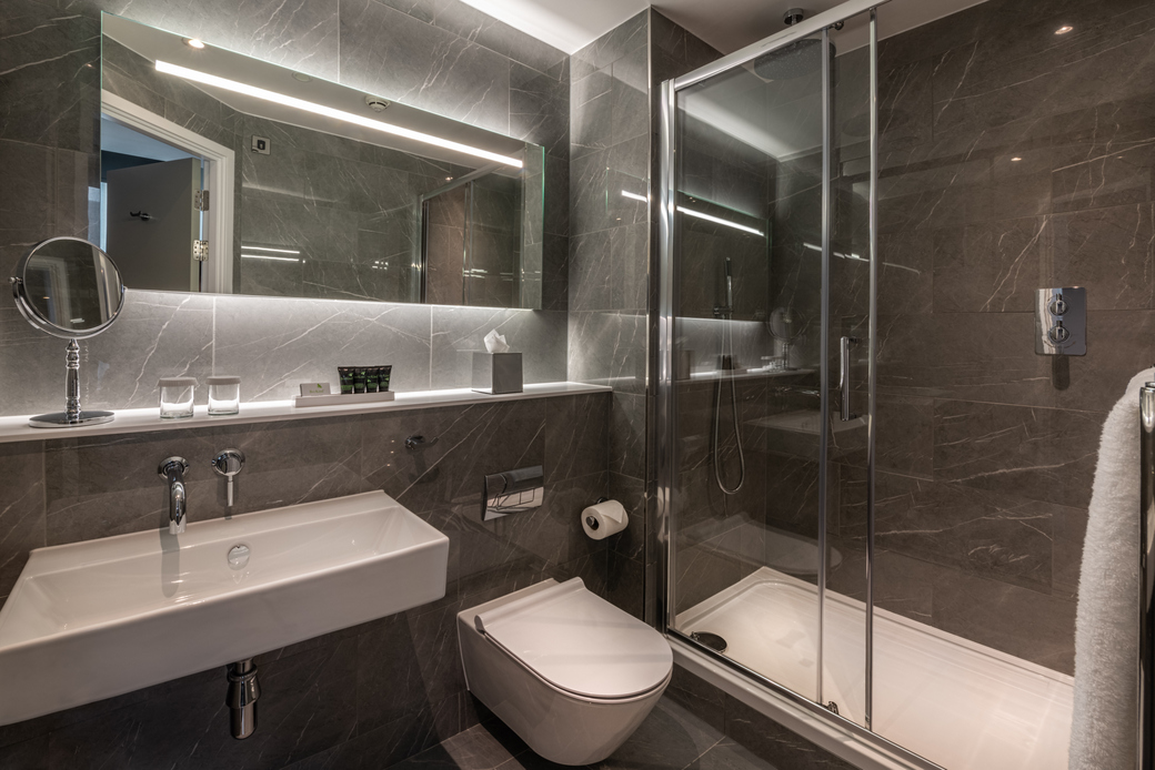 The Nadler Covent Garden - Bathroom (Walk-in Shower)