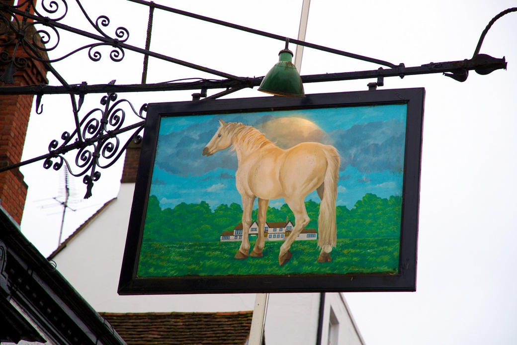 Bespoke Hotels - The White Horse, Dorking