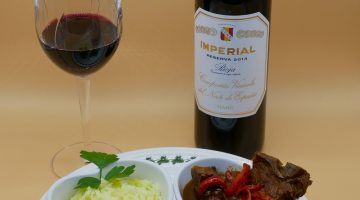 CVNE - Rioja with Spanish Lamb