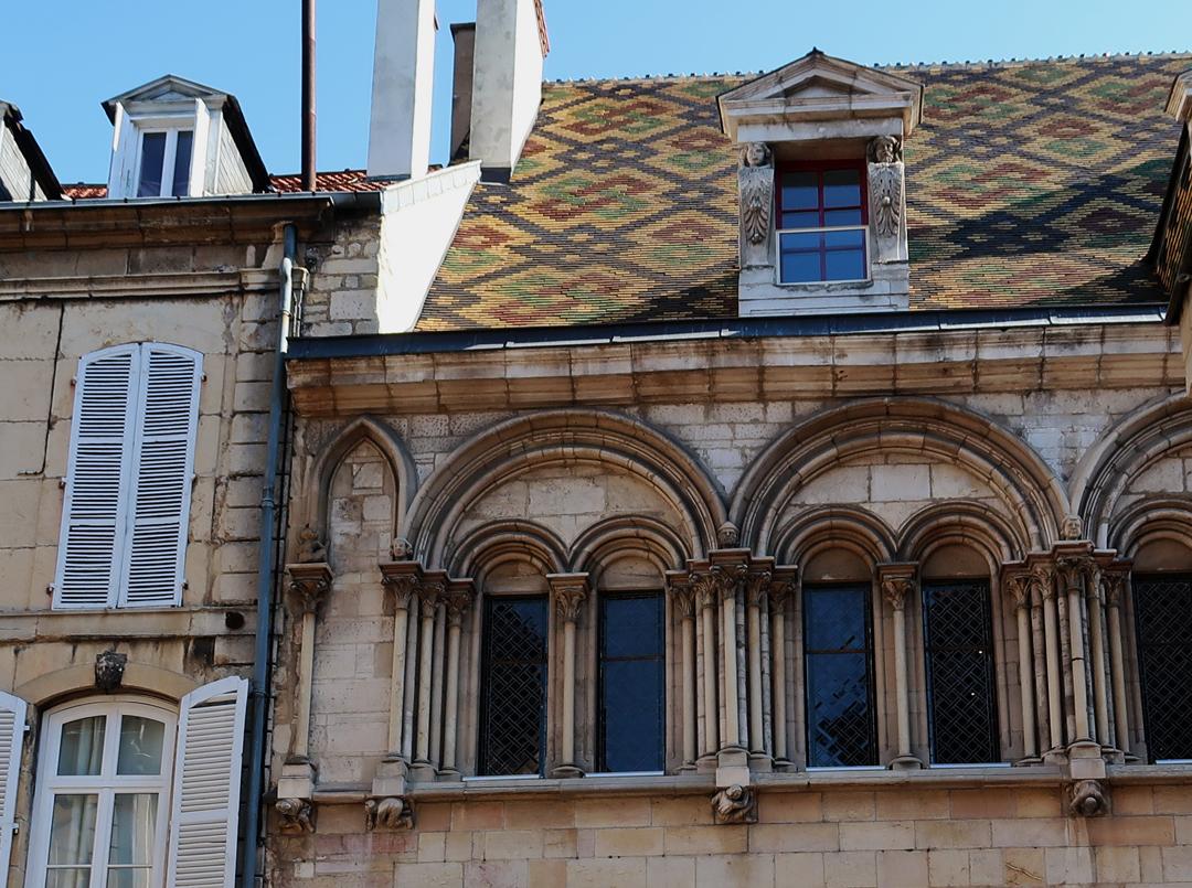 Dijon toits bourguignon