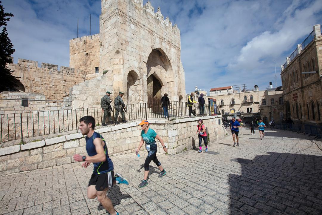Jerusalem Marathon Photo credit Ingo Kutsche