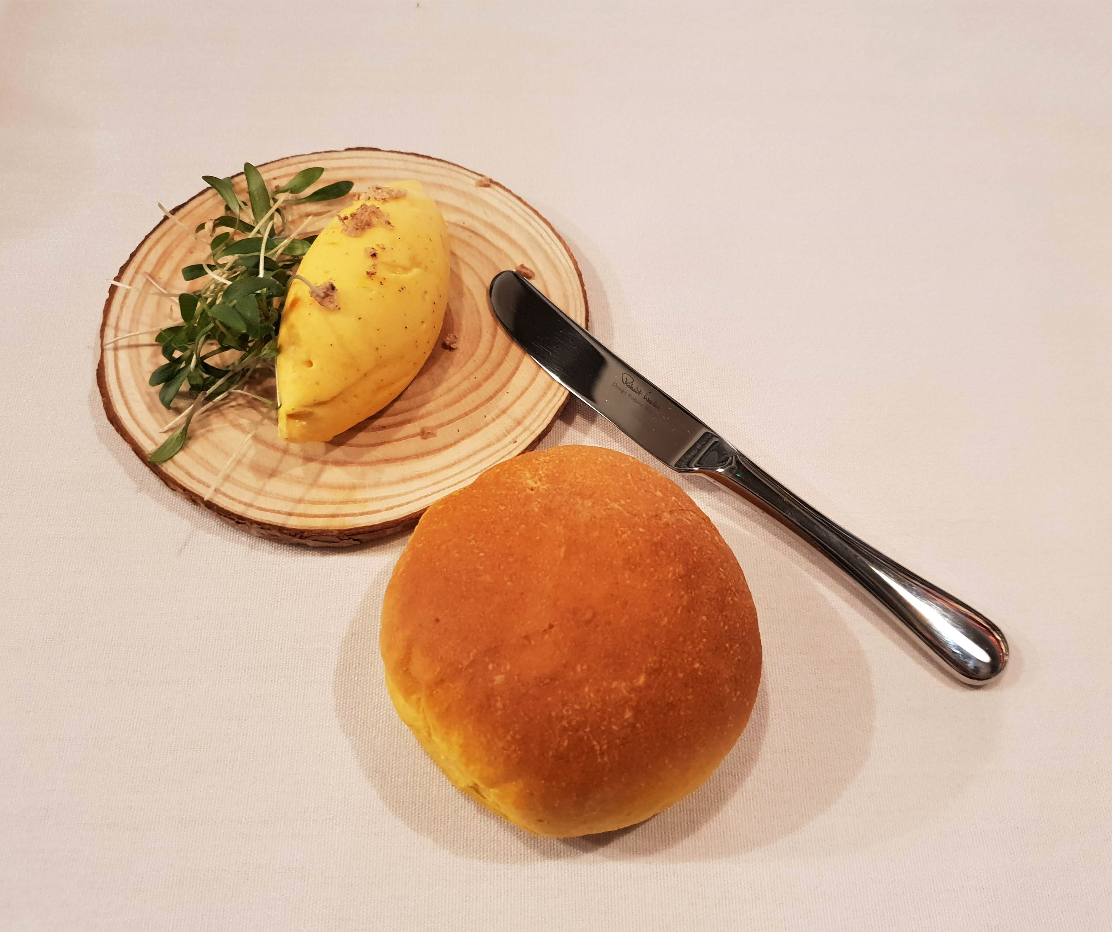 Myristica Pumpkin bread