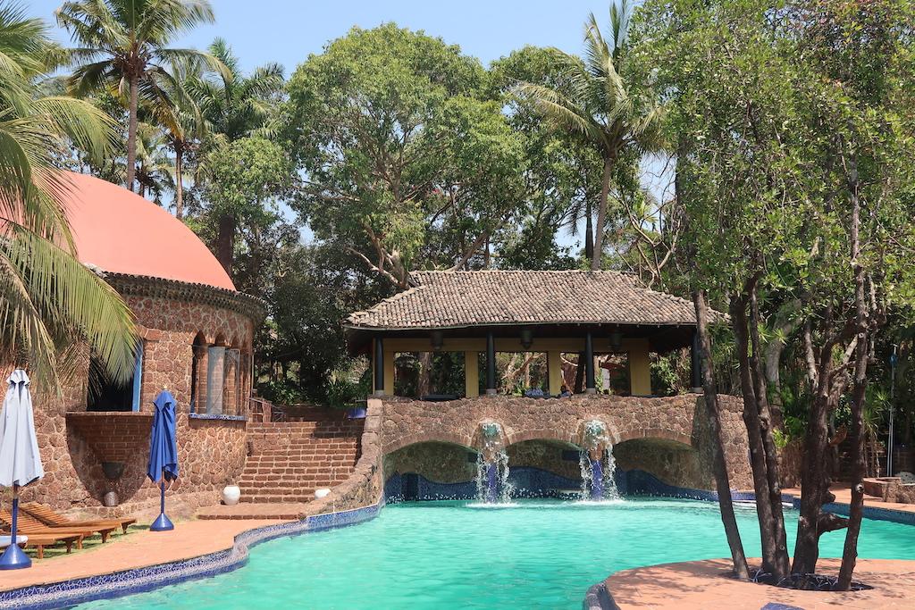 Nilaya Hermitage - pool area
