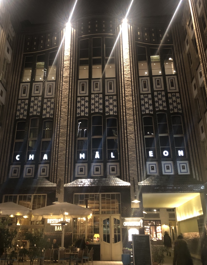 Chamäleon Theatre, Berlin at night